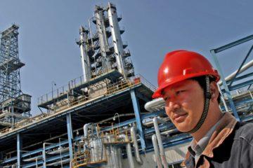 Импорт нефти в Китай в июле вырос на 14%